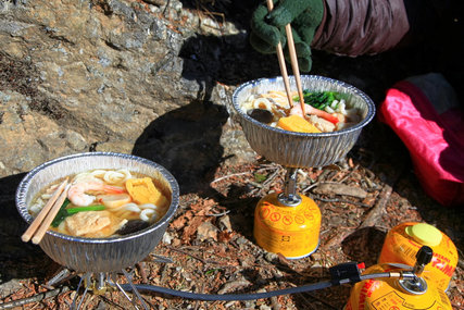 横瀬二子山で鍋焼きうどん