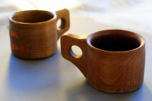 丸川荘の木のカップ