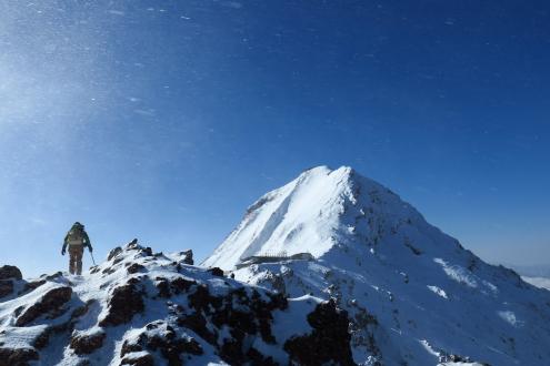 残雪期の赤岳