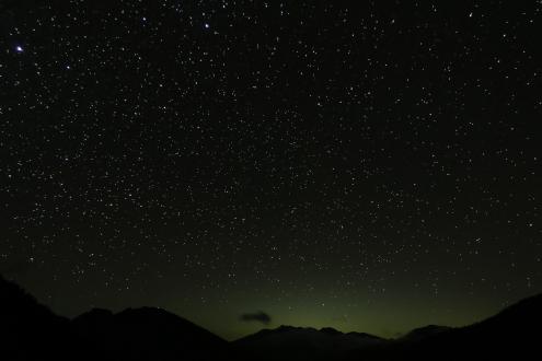 岳沢小屋テント場からの星空